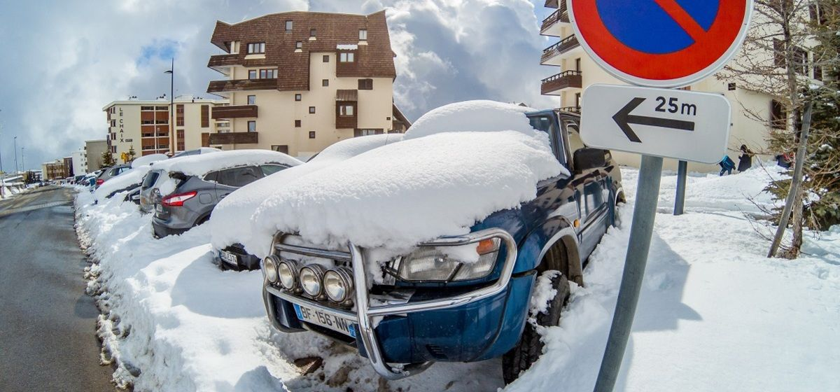 How Driving To The Slopes Can Save You Money